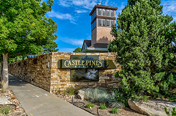 Castle Pines Colorado Golf Course Entrance Image 350px